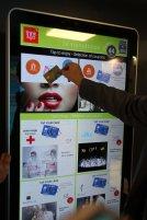 Paiement NFC sur écran (c) Ingenico / Think & Go